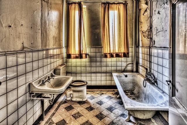 Oud sanitair verwijderen in uw badkamer? Zo doet u dat!